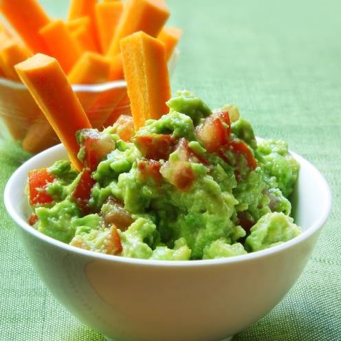 bigstock_Healthy_avocado_guacamole_serv_14354750