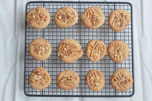 Sesame Tahini Cookies