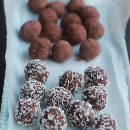 Date & Chocolate Truffles 3