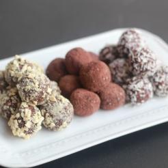 Date & Chocolate Truffles