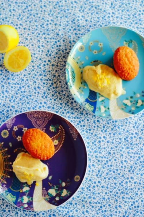 OO& L limoncello &  lemon coconut friands