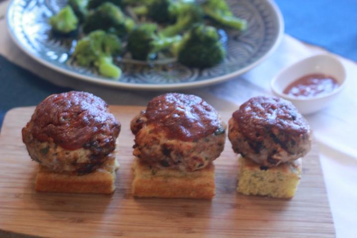 Tex mex Turkey and Pork Burgers